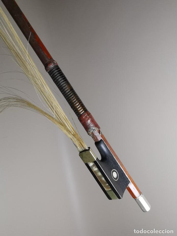 Instrumentos musicales: ANTIGUO ARCO VIOLIN - 74 CM - Foto 39 - 189725353