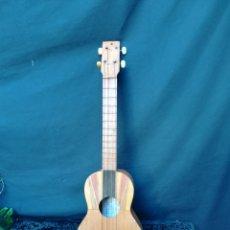 Instrumentos musicales: ANTIGUO CUATRO VENEZOLANO. Lote 190229795