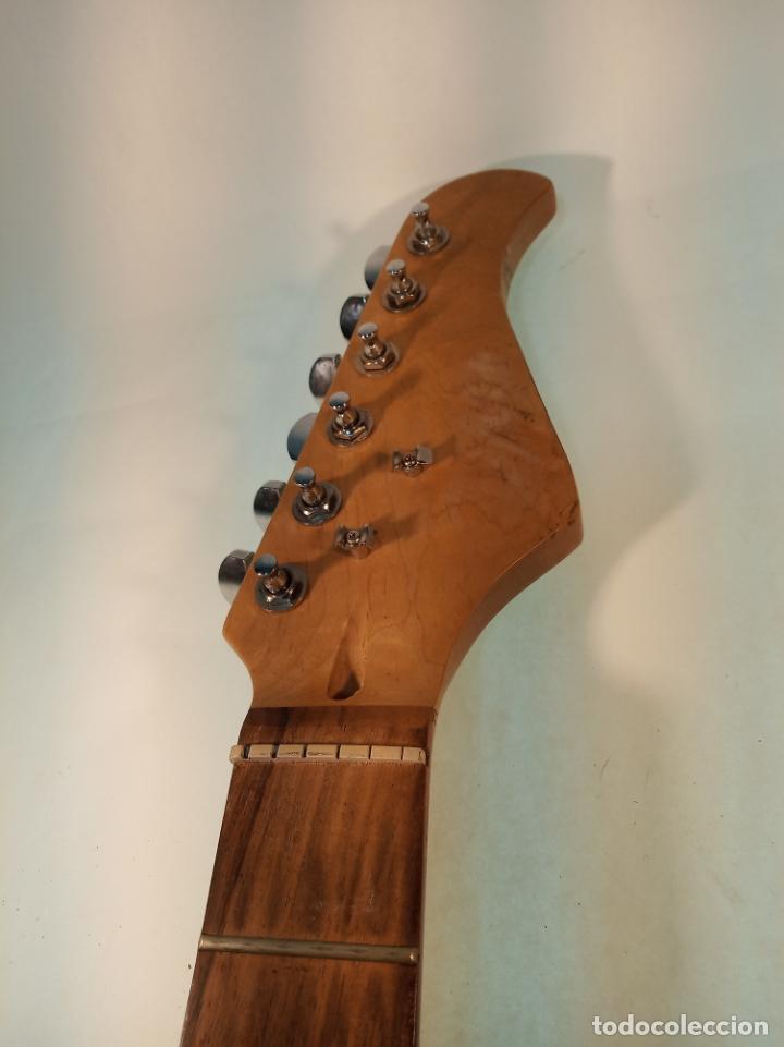 Instrumentos musicales: Mástil de guitarra eléctrica en madera de arce o similar. Recambio de guitarra. - Foto 2 - 190862988