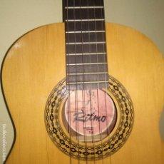 Instrumentos musicales: GUITARRA RITMO MODELO T1 ESPAÑA ESPAÑOLA CON FUNDA VERDE VINTAGE. Lote 191369397