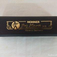 Instrumentos musicales: M.HOHNER/BLUES HARP 20V C/ARMONICA NUEVA SIN USO.. Lote 191497903