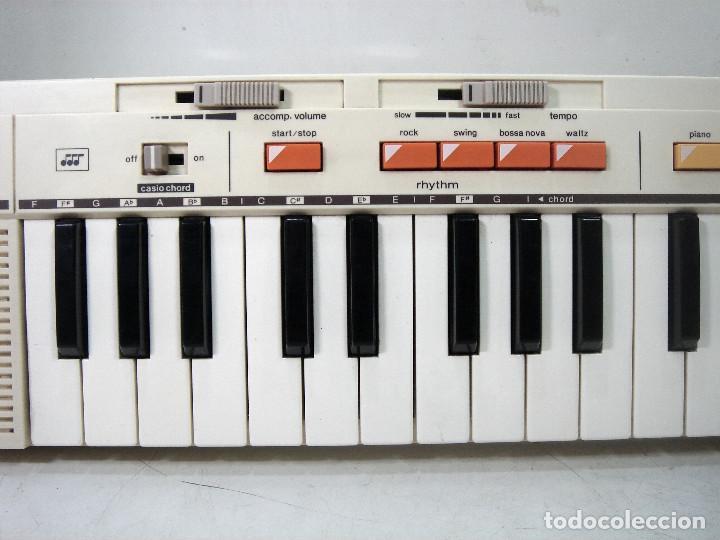 Instrumentos musicales: DIFICIL TECLADO ELECTRONICO - CASIO MT-35 JAPAN AÑOS 80 ¡¡FUNCIONANDO¡- CASIOTONE MT35 ORGANO PIANO - Foto 4 - 219378258