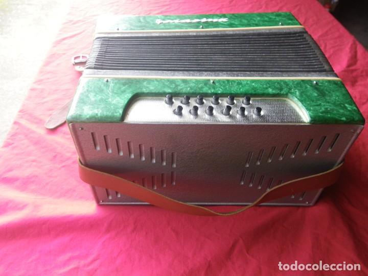 Instrumentos musicales: ANTIGUO ACORDEON FUNCIONANDO BIEN , MUY BONITO ..VER - Foto 6 - 192236988