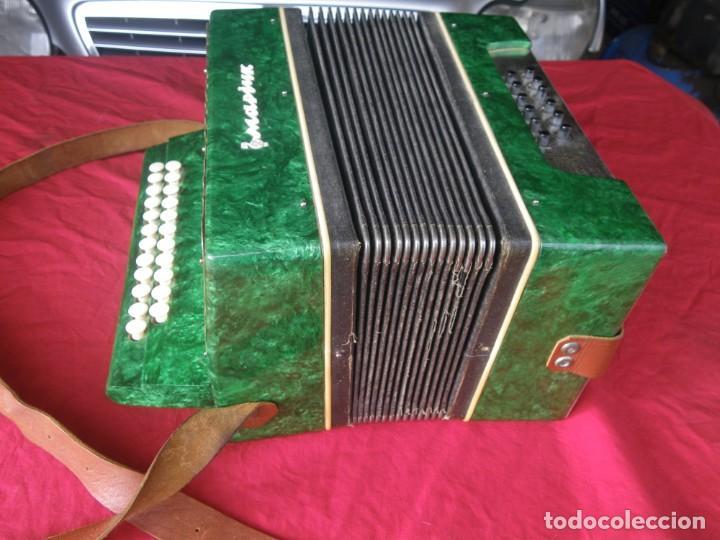 Instrumentos musicales: ANTIGUO ACORDEON FUNCIONANDO BIEN , MUY BONITO ..VER - Foto 9 - 192236988