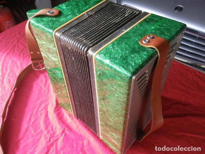Instrumentos musicales: ANTIGUO ACORDEON FUNCIONANDO BIEN , MUY BONITO ..VER - Foto 11 - 192236988