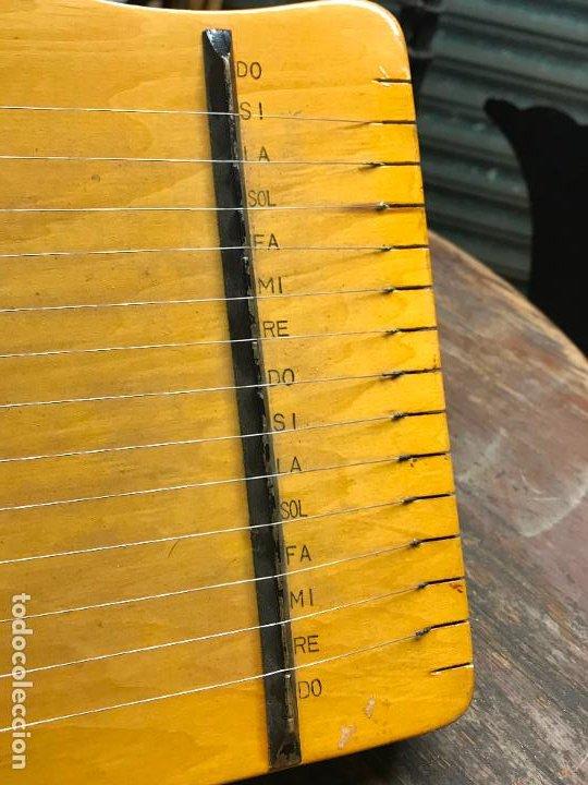 Instrumentos musicales: Citara - Instrumento musical de cuerda - Foto 6 - 192553431