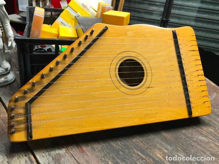 CITARA - INSTRUMENTO MUSICAL DE CUERDA (Música - Instrumentos Musicales - Cuerda Antiguos)