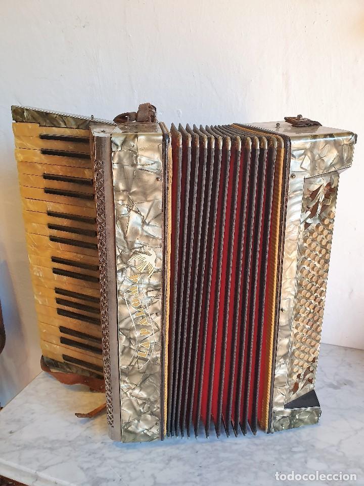 ANTIGUO ACORDEON LA PALOMA FUNCIONA (Música - Instrumentos Musicales - Viento Madera)
