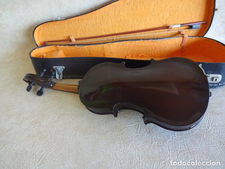 Instrumentos musicales: antiguo violin con funda - Foto 9 - 111866823