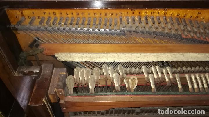Instrumentos musicales: PIANO DE PARED PATENTE ERARD LONDRES - Foto 25 - 182972555