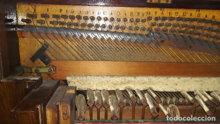 Instrumentos musicales: PIANO DE PARED PATENTE ERARD LONDRES - Foto 27 - 182972555