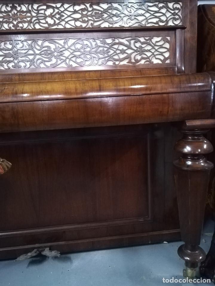 Instrumentos musicales: PIANO DE PARED PATENTE ERARD LONDRES - Foto 9 - 182972555