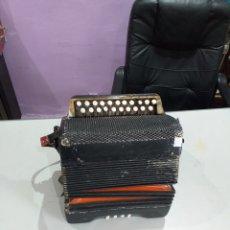 Instrumentos musicales: ACORDEÓN ANTIGUO AÑOS 1900 -1920 - VER LAS FOTOS. Lote 193415295