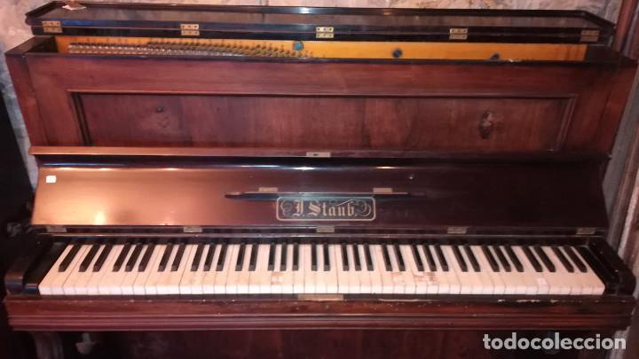 Instrumentos musicales: PIANO DE PARED FIRMA STAUB SIGLO XIX - Foto 4 - 193993358
