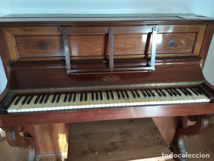 Instrumentos musicales: PIANO ANTIGUO DE ESTUDIO VERTICAL, COLOR NOGAL, MARCA ERARD. - Foto 34 - 194220297