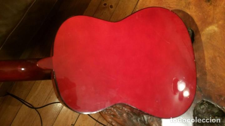 Instrumentos musicales: Pequeña guitarra o requinto para niño, marca Bomtempi 78 cm - Foto 8 - 194545846