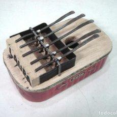 Instrumentos musicales: KALIMBA O PIANO DE DEDO ARTESANAL - LATA DE CONSERVA - INSTRUMENTO AFRICANO 5 TECLAS . Lote 195608861
