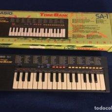 Instrumentos musicales: CASIO SA-1 (100 SOUND TONEBANK) ORGANO PIANO ELECTRONICO AÑOS 80. Lote 196484020