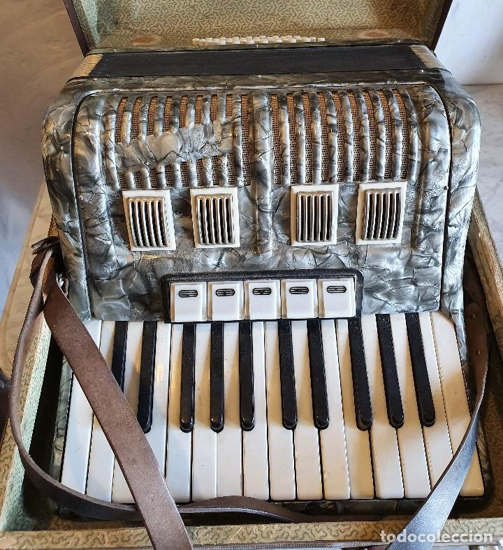 Instrumentos musicales: ACORDEON FUNCIONANDO - Foto 2 - 196594117