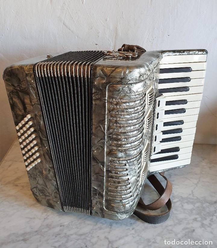 ACORDEON FUNCIONANDO (Música - Instrumentos Musicales - Viento Madera)