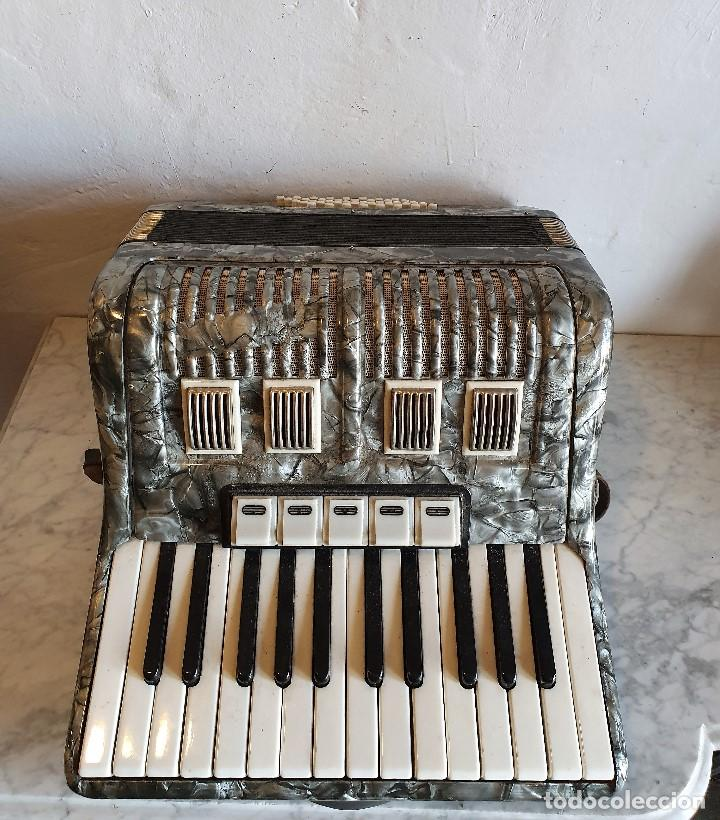 Instrumentos musicales: ACORDEON FUNCIONANDO - Foto 4 - 196594117