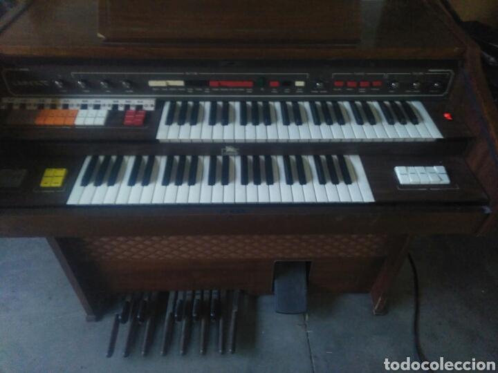ANTIGUO ORGANO CAMELOT. FUNCIONA . ( NO ENVIO) (Música - Instrumentos Musicales - Pianos Antiguos)