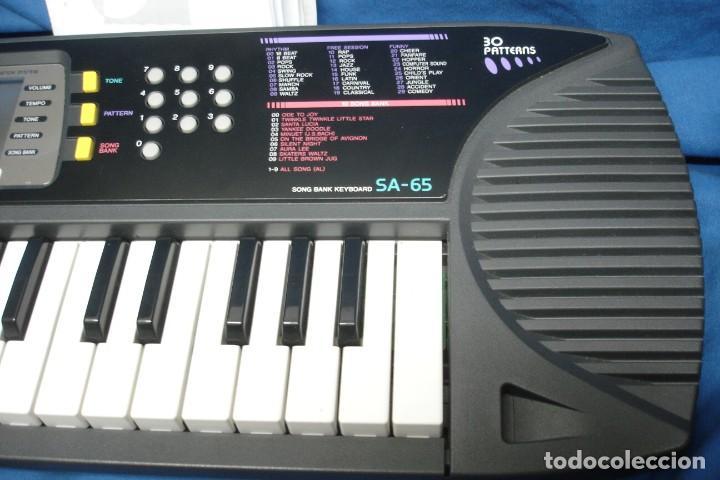 Instrumentos musicales: ORGANO CASIO SA-65 CON MANUALES, TRANSFORMADOR Y CAJA ORIGINAL - FUNCIONA - Foto 2 - 197301936