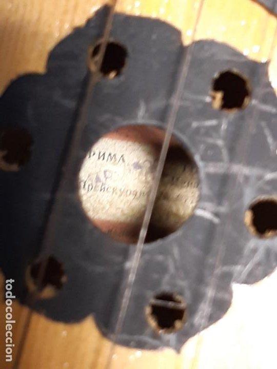 Instrumentos musicales: Domra de tres cuerdas. Mandolina. Rusia. Etiqueta interior. Siglo XX. - Foto 7 - 197361562