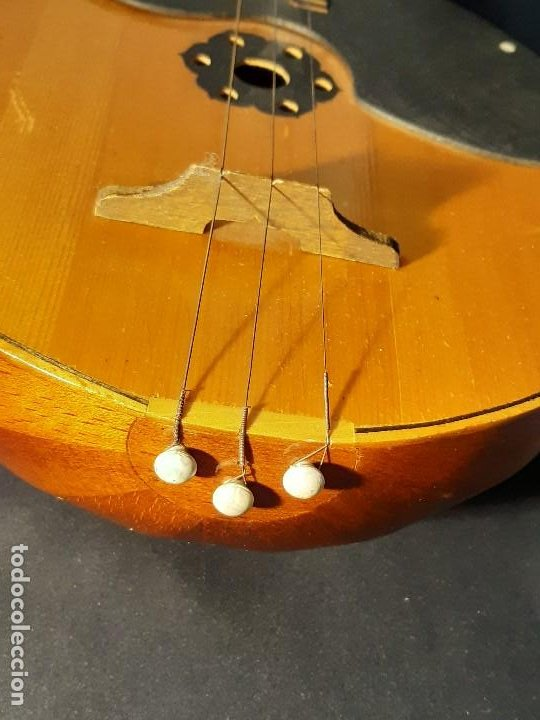 Instrumentos musicales: Domra de tres cuerdas. Mandolina. Rusia. Etiqueta interior. Siglo XX. - Foto 18 - 197361562