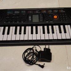Instrumentos musicales: TECLADO ORGANO PIANO ELÉCTRICO - KEYBOARD CASIO SA 77. EN FUNCIONAMIENTO. Lote 198839807
