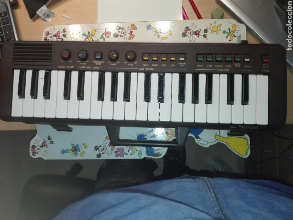 TECLADO YAMAHA PORTASOUND PS-2 . PILAS Y RED. CON MALETIN (Música - Instrumentos Musicales - Teclados Eléctricos y Digitales)