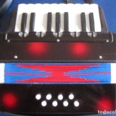 Instrumentos musicales: ACORDEÓN PARA NIÑOS. Lote 199038075