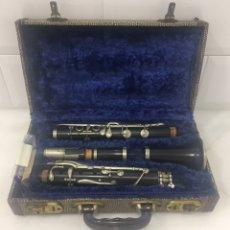 Instrumentos musicales: PRECIOSO CLARINETE PARIS BOQUILLA DE PLATA EN ESTUCHE ORIGINAL. Lote 199655883