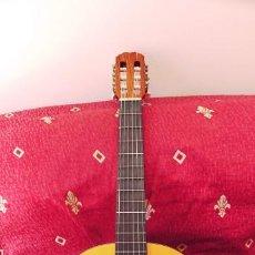 Instrumentos musicales: GUITARRA CLASICA ADMIRA JUANITA,BUEN ESTADO,SOLO DOS PEQUEÑOS ARAÑAZOS EN LA TAPA TRASERA,NO ENVIO. Lote 199664320