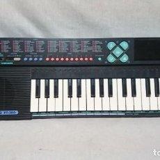 Instrumentos musicales: ÓRGANO, TECLADO CASIO PT - 380, FUNCIONANDO . Lote 200893917
