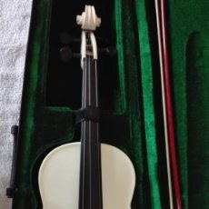 Instrumentos musicales: VIOLÍN CON SU FUNDA DE TERCIO. Lote 201851365