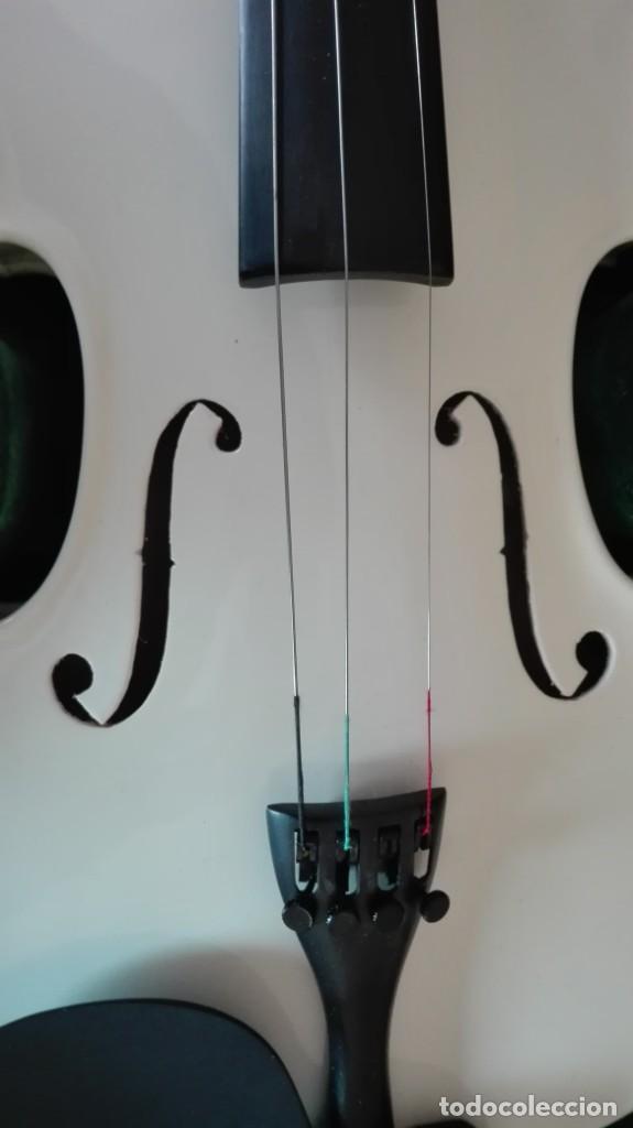 Instrumentos musicales: Violín con su funda de tercio - Foto 2 - 201851365