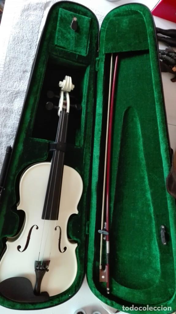 Instrumentos musicales: Violín con su funda de tercio - Foto 3 - 201851365