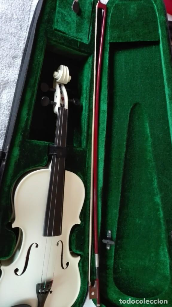 Instrumentos musicales: Violín con su funda de tercio - Foto 9 - 201851365