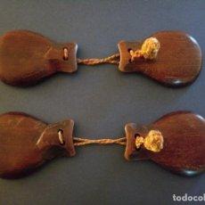 Instrumentos musicales: ANTIGUA PAREJA CASTAÑUELAS DE MADERA. Lote 202401851