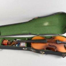 Instrumentos musicales: ANTIGUO VIOLIN INTERIOR FIRMA ANTONIUS STRADIUARIUS MALETIN 76 CM VIOLIN 59 CM X 36 LONGITUD 620,00. Lote 202556562