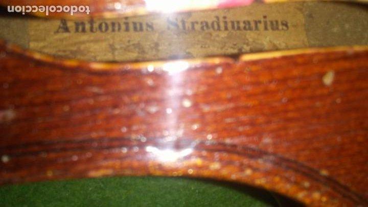 Instrumentos musicales: ANTIGUO VIOLIN INTERIOR FIRMA Antonius Stradiuarius MALETIN 76 cm violin 59 cm x 36 longitud 620,00 - Foto 14 - 202556562