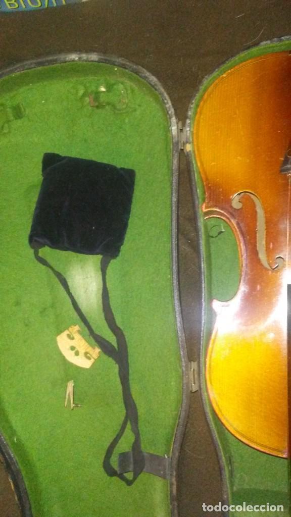 Instrumentos musicales: ANTIGUO VIOLIN INTERIOR FIRMA Antonius Stradiuarius MALETIN 76 cm violin 59 cm x 36 longitud 620,00 - Foto 17 - 202556562