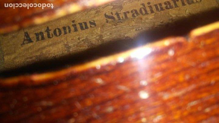 Instrumentos musicales: ANTIGUO VIOLIN INTERIOR FIRMA Antonius Stradiuarius MALETIN 76 cm violin 59 cm x 36 longitud 620,00 - Foto 21 - 202556562