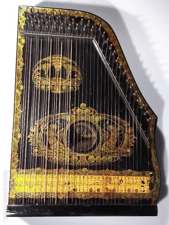 Instrumentos musicales: Cítara con caja. Salon Harfe. Alemania. Siglo XIX-XX. - Foto 4 - 202798308