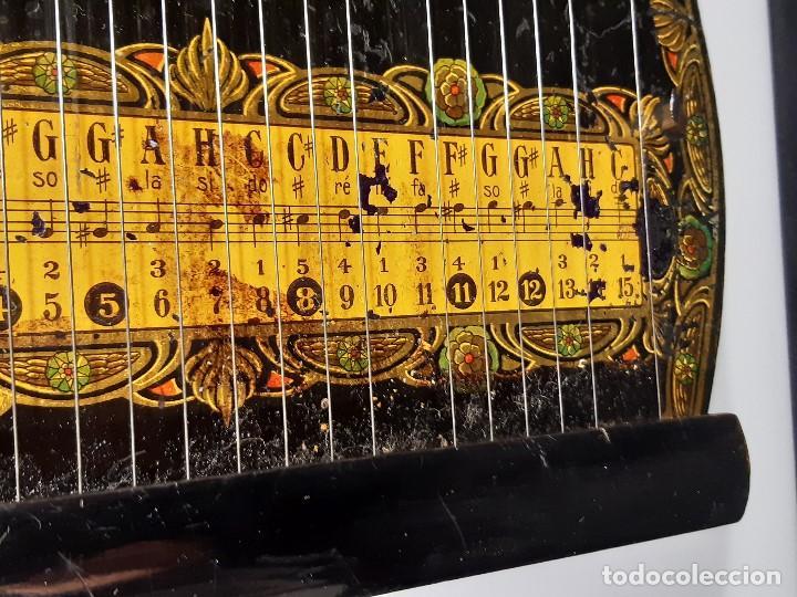 Instrumentos musicales: Cítara con caja. Salon Harfe. Alemania. Siglo XIX-XX. - Foto 7 - 202798308