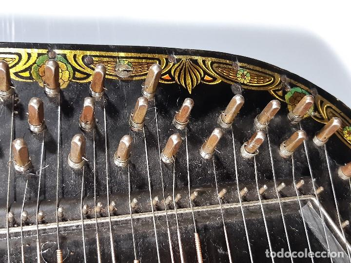 Instrumentos musicales: Cítara con caja. Salon Harfe. Alemania. Siglo XIX-XX. - Foto 14 - 202798308
