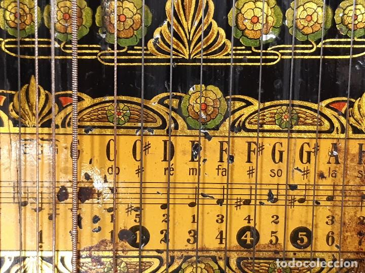 Instrumentos musicales: Cítara con caja. Salon Harfe. Alemania. Siglo XIX-XX. - Foto 18 - 202798308