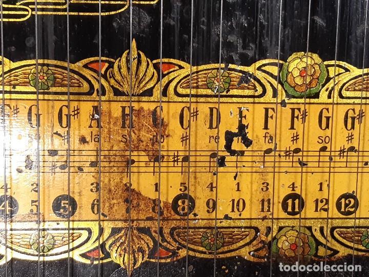 Instrumentos musicales: Cítara con caja. Salon Harfe. Alemania. Siglo XIX-XX. - Foto 19 - 202798308