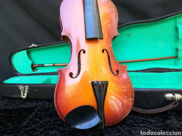 Instrumentos musicales: Viejo violín ANTONIUS STRADIVARIUS ( reproducción) - Foto 2 - 203156526